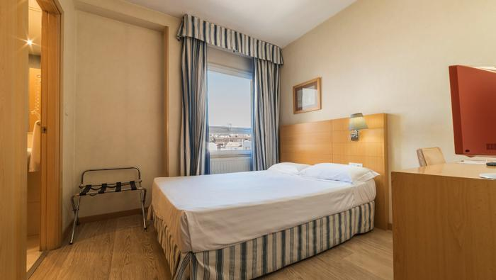 Hotel Infanta Mercedes | Madrid | SINGLE ROOM